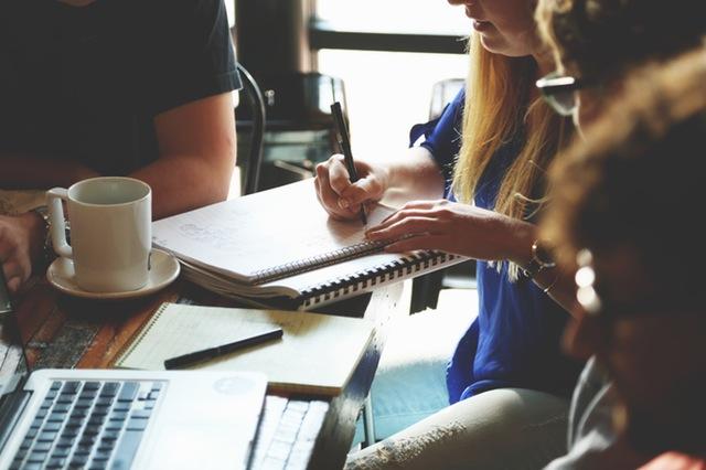 people-woman-coffee-meeting (1)