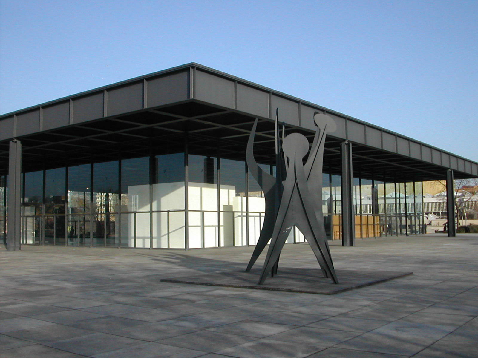 Neue_Nationalgalerie_Berlin_2004-02-21